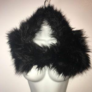 ARMANI/Neck warmer black fur reversible